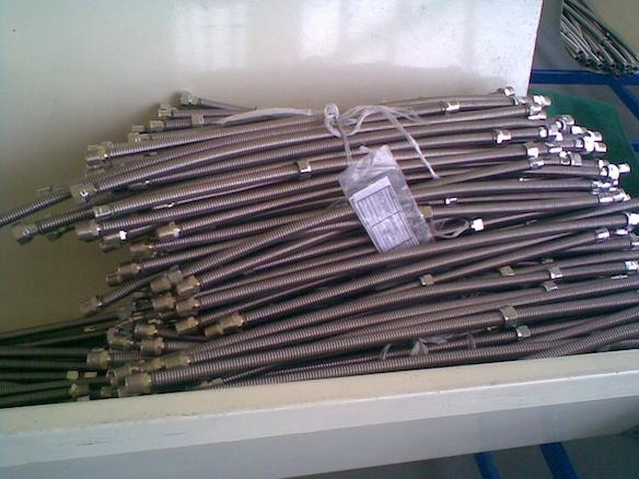 Метални гъвкави тръби, производство на Айваз Н ООД
